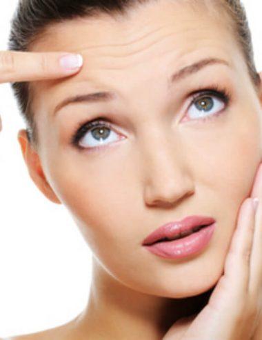 Rinnova la pelle del viso con il tuo gel antirughe al melograno fatto in casa