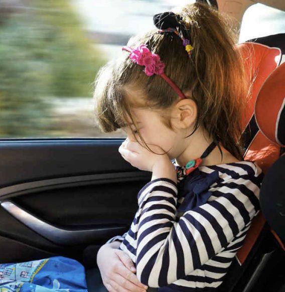 Mal d'auto: stai subito meglio con l'aiuto degli oli essenziali