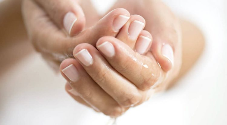 unghie smacchiare