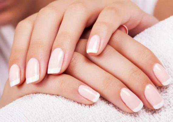 mousse idratante unghie
