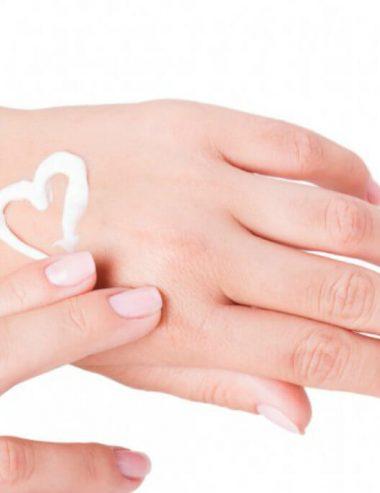 Pelle di fata con la crema mani notte al profumo di agrumi