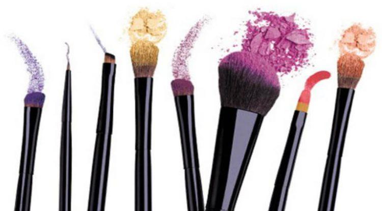 pennelli per il make up