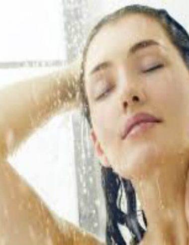 Idratazione perfetta con il doccia olio fai da te alla vaniglia