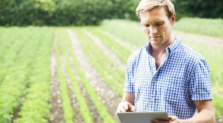 agricoltura-applicazione-agricoltori
