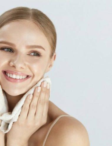 Detergente viso mousse fai da te, ricetta delicata per la tua pelle