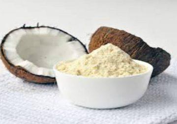 La farina di cocco, golosa e nutriente…non solo in cucina