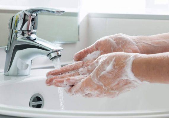 sapone liquido mani