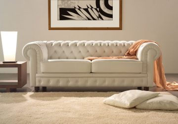 divano in pelle pulizia