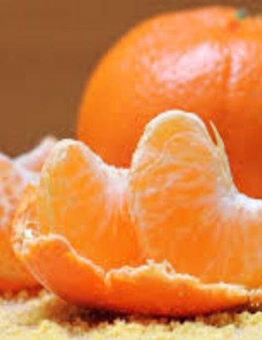 Scrub mani al mandarino, la ricetta che ti ricarica di vitamina C