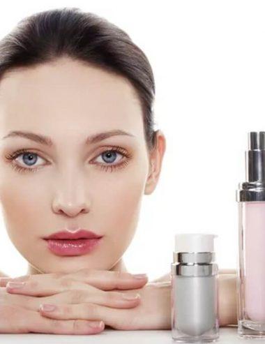 Siliconi nei cosmetici: fanno davvero male alla pelle e ai capelli?